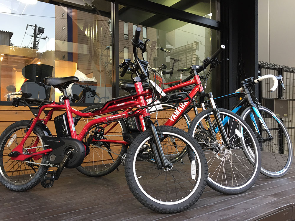 電動カスタム自転車、デザインも多種多様!